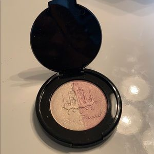 Too faced candle light glow highlighter NWOT